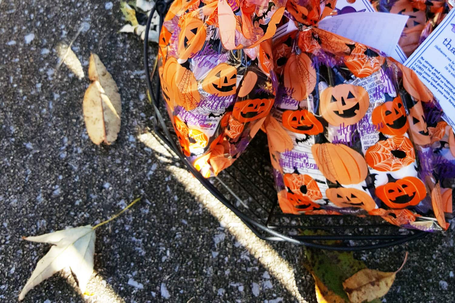 5 Ways to Avoid Raising Entitled Trick-or-Treaters, featured on the Southern Momdays blog