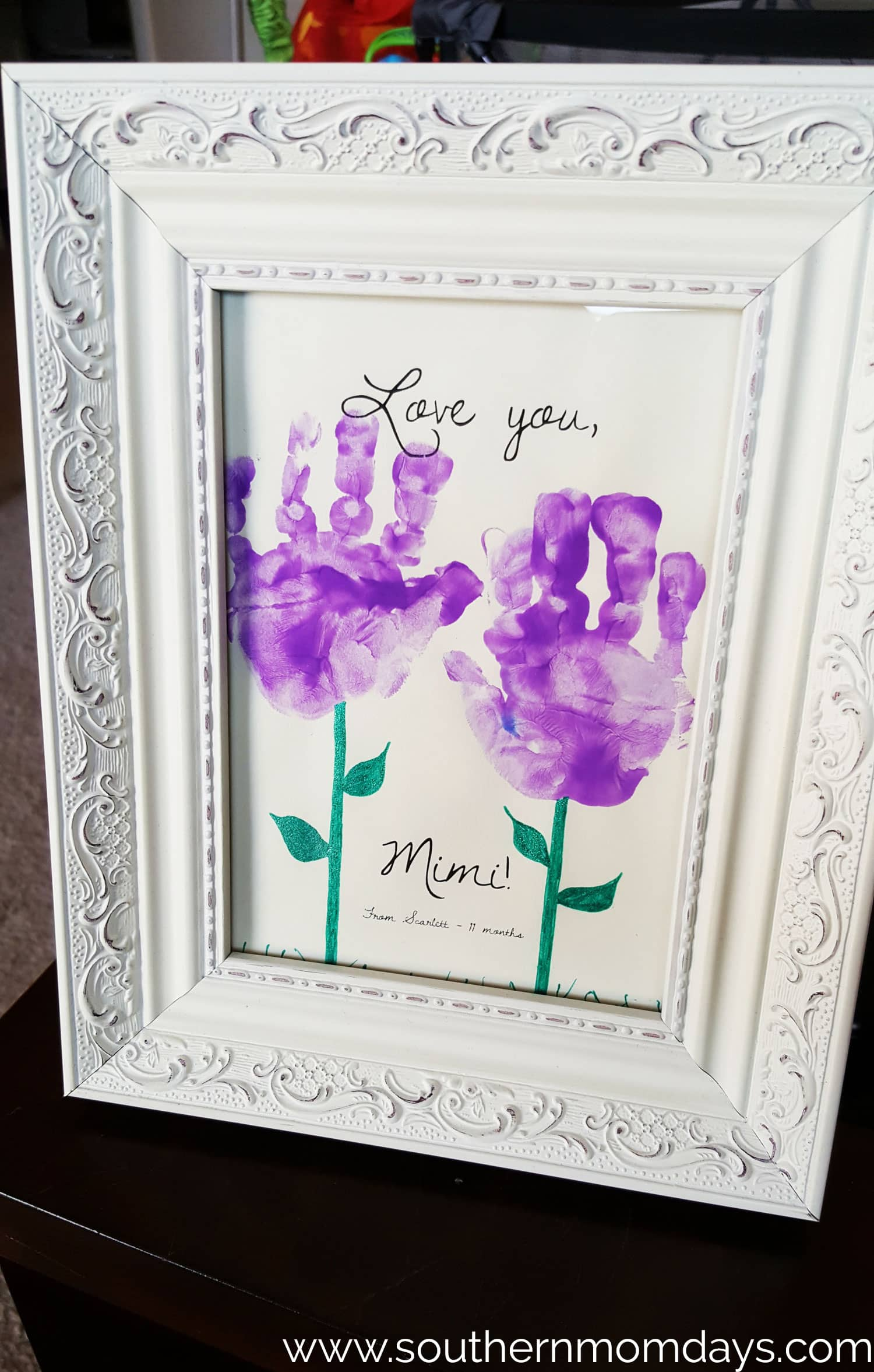 DIY Gift Toddler Craft of Handprint Flowers, featured on the Southern Momdays blog