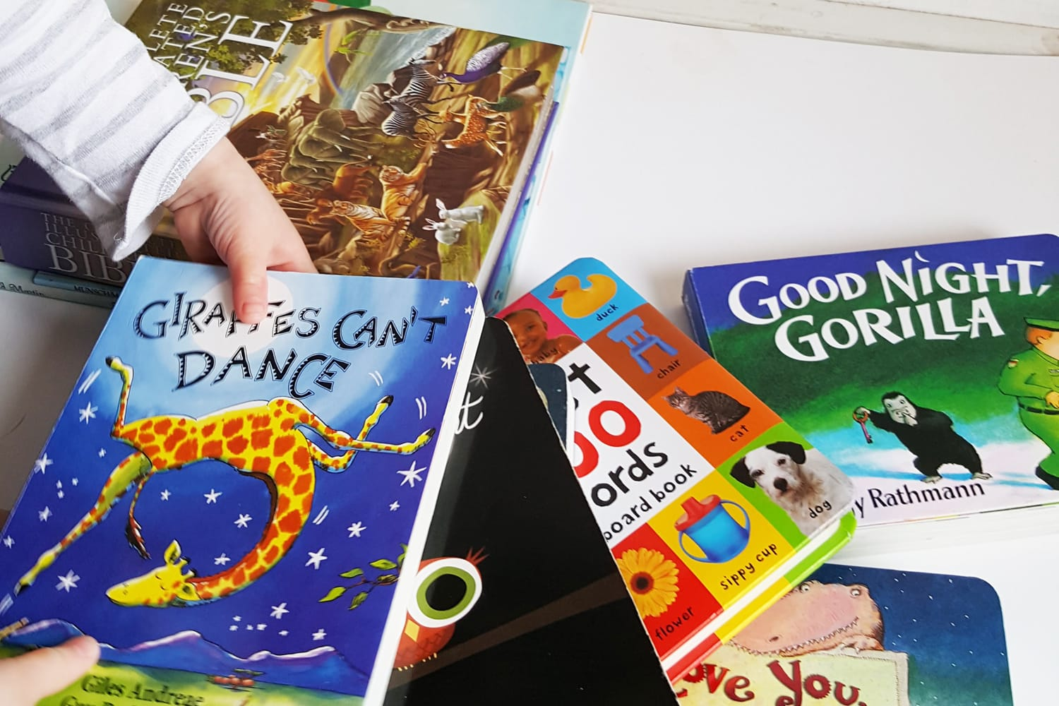 A collection of meaningful short stories for kids, books for baby, and toddler books your kids will love (and learn from)! Featured on the Southern Momdays blog